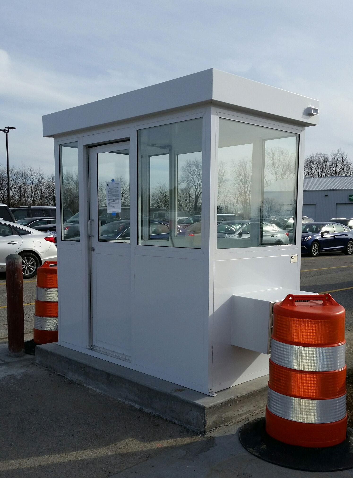 airport parking booth