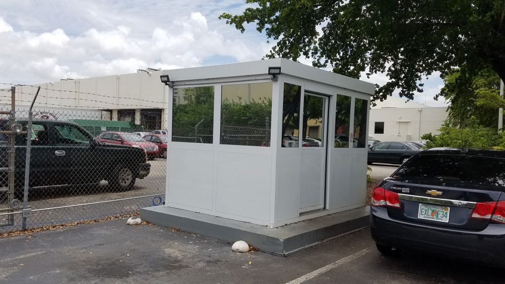 Security Booth V16-025